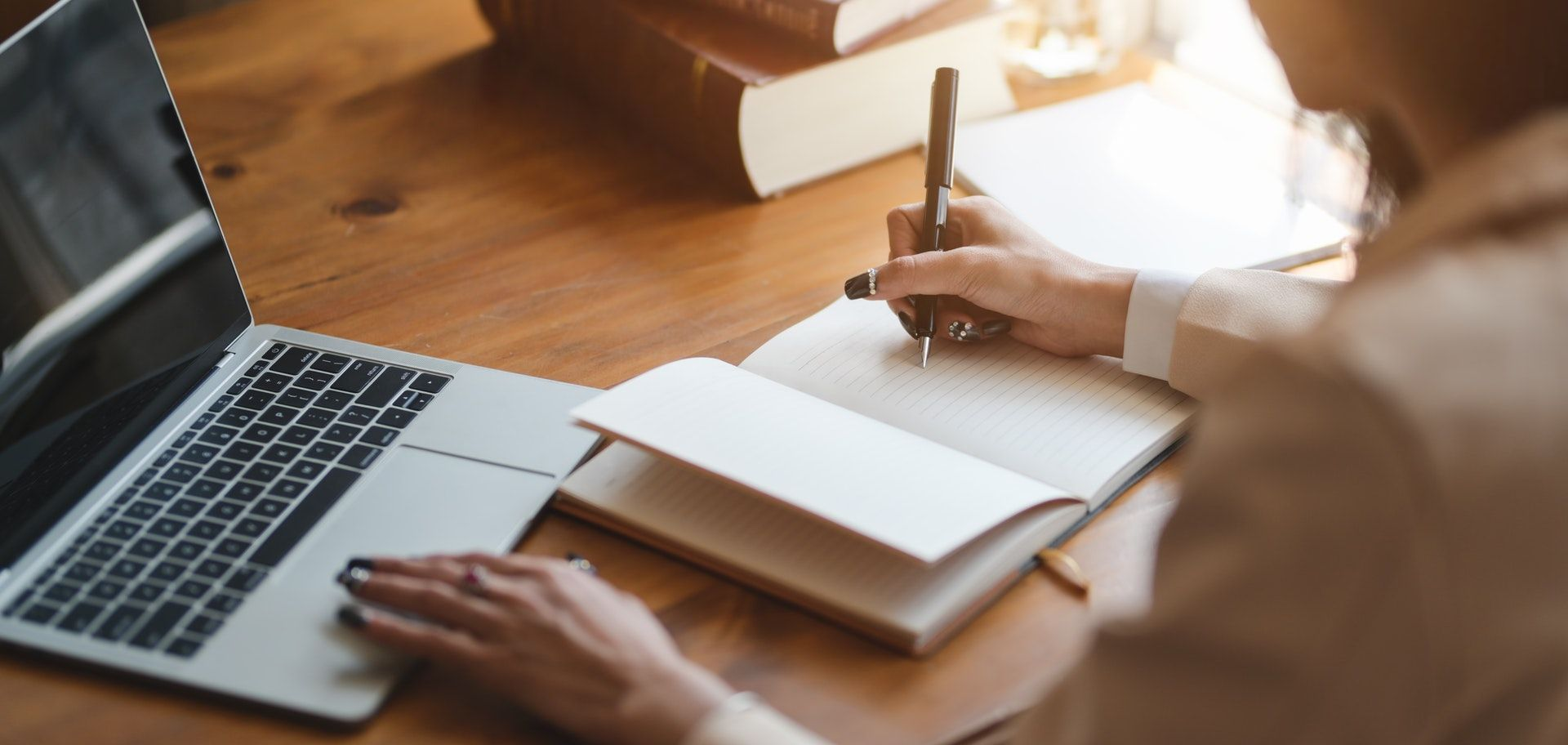 Our 5-step approach to help you write fast and write well in academic environment